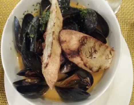 Mussels at Chef Luis