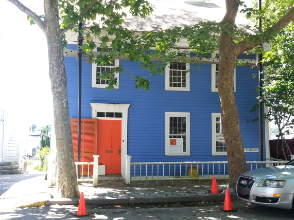 Blue houses are a Portuguese tradition