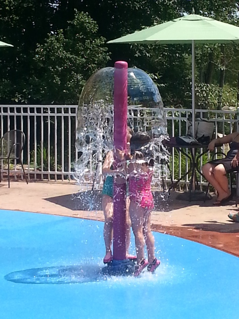 Water play area at Dinosaur Place
