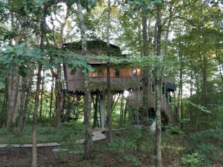 Winvian Treehouse