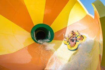 Water slide at CamelBeach, courtesy of poconomountains.como
